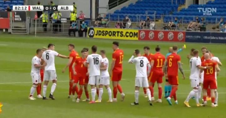Empate sin goles entre Gales y Albania. Captura/TUDNXtra