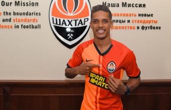 Pedrinho reforça o Shakhtar Donetsk por 18 milhões. Shakhtar