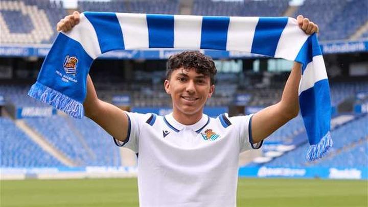 Jonathan Gómez, nuevo jugador de la Real Sociedad. Twitter/RealSociedad