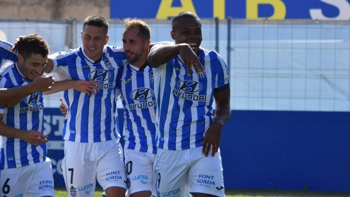 El Atlético Baleares derrotó en casa al Sabadell. AtleticBalears