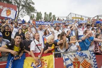 Los socios del Zaragoza ya pueden renovar sus abonos. EFE