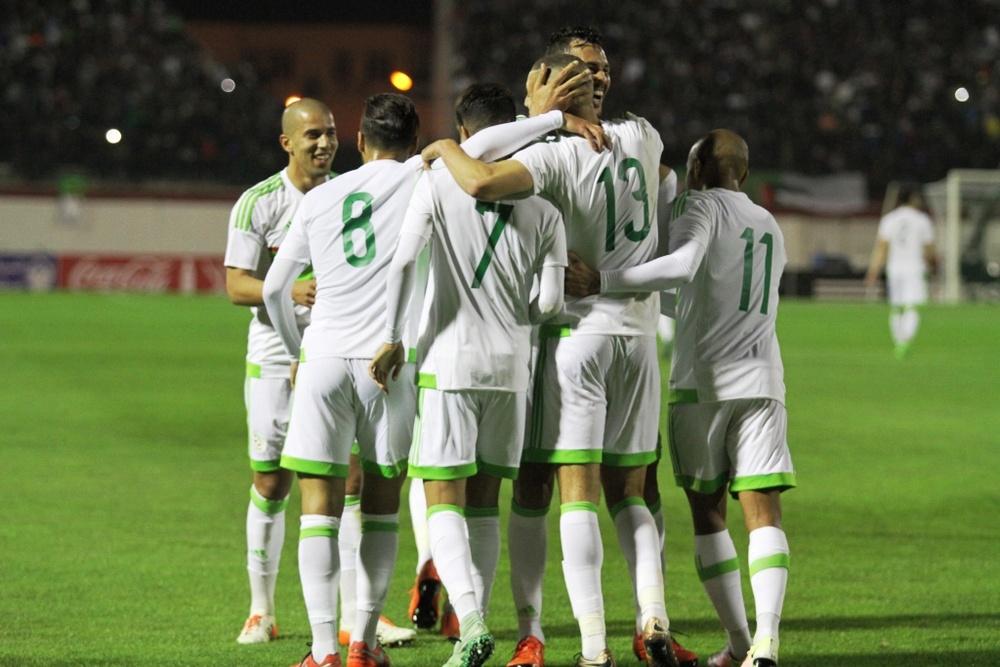 Saphir Taider ha marcado todo un golazo para Argelia. FAF