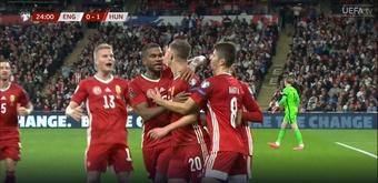 Los jugadores de Hungría celebran el gol contra Inglaterra. Captura/UEFA TV