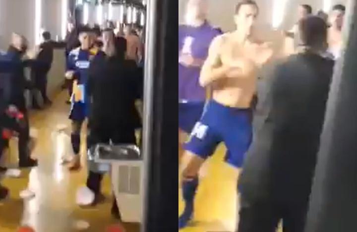 Rojo e Izquierdoz golpearon a un miembro de Atlético Mineiro. Twitter/okdobleamarilla
