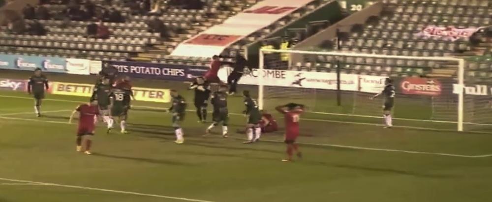 El club afectado le ha pedido a la FA que tome medidas. Youtube - Showy!