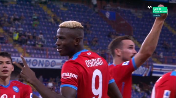 Osimhen marcó dos goles para el Nápoles en su visita a la Sampdoria. Captura/MovistarLigadeCampeones