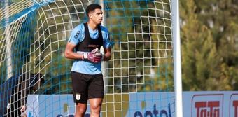 Araujo est sorti blessé face à l'Argentine. EFE