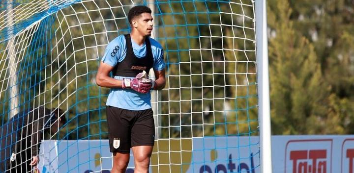 Barcelona confirmed the return of Ronald Araujo. EFE