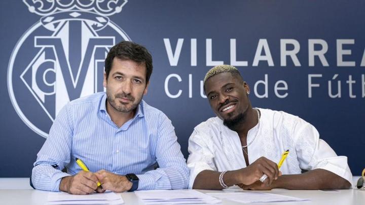 Aurier já é oficial no Villarreal.VillarrealCF