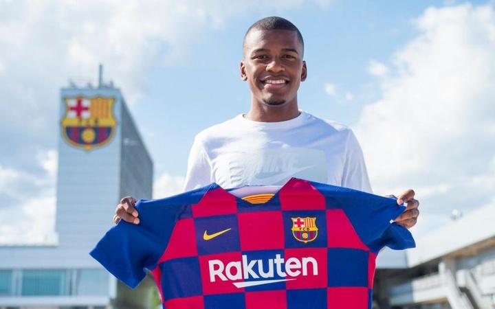 Officiel : le Barça vend Akieme à Almeria. FCB