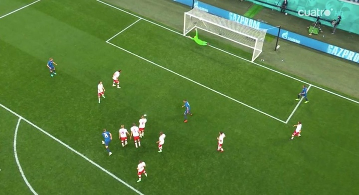 Volea de Skriniar para hacer el 1-2 ante Polonia. Captura/Cuatro