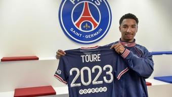 Tidjany Touré assina com o PSG até 2023. Twitter/PSG_inside