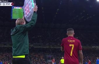 Yéremy Pino debutó con la Selección Española. Captura/TVE