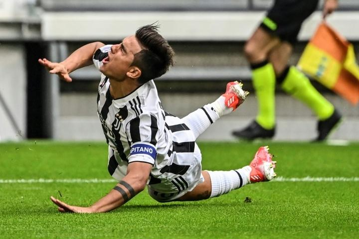 Paulo Dybala's injury overshadowed Juventus' victory over Chelsea. AFP