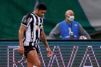 Hulk misses penalty in Palmeiras-Atletico Libertadores stalemate. AFP