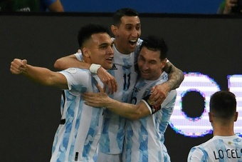 Argentina cruise against Venezuela as Brazil stay perfect. AFP