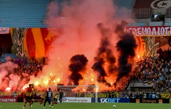 There were ugly scenes during Esperance's CAF Champions League semi-final with Al-Ahly. AFP