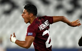 Last gasp Hernandez snatches Copa draw for Venezuela against Ecuador. AFP