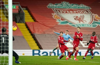 Liverpool faces second-placed City. AFP