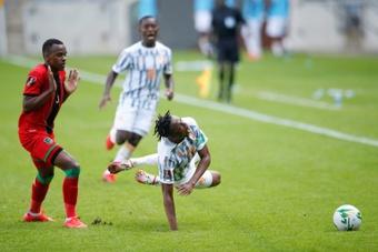 Mahrez scores twice as Algeria crush Niger, extend unbeaten run to 30 games. AFP