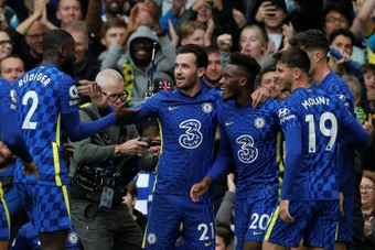 Chelsea cartonne, City déroule, Ranieri réveille Watford. AFP