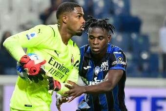Opéré d'un poignet, Mike Maignan absent dix semaines (AC Milan). AFP