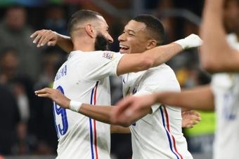 Benzema-Mbappé, le duo renversant des Bleus. afp