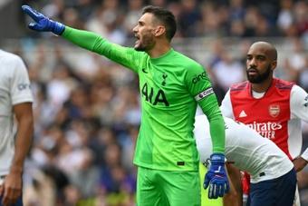 Hugo Lloris lors dun match amical contre Arsenal. AFP