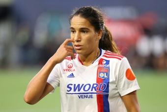 Fin de saison pour l'internationale Amel Majri, blessée à un genou. AFP