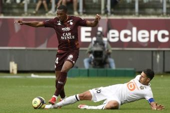 Danso contre Fonte, duel de générations dans le derby du Nord. AFP
