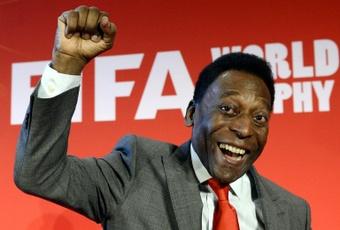 Pelé fête ses 81 ans avant l'hommage de Santos. AFP