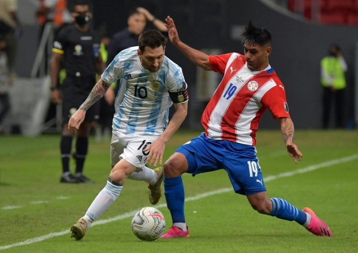 Copa America: Argentine qualifiée et Messi record, au bout de l'ennui