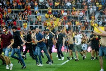 Les supporters de Lens et de Lille ont voulu en découdre. AFP