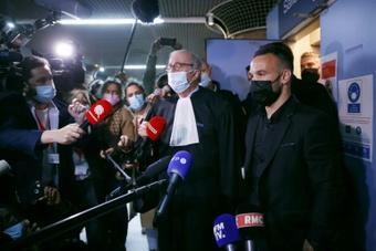 Affaire de la sextape: dix mois de prison avec sursis requis contre Benzema. afp