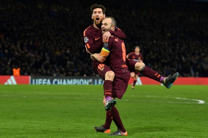 'Ça va faire mal de voir Messi sous un autre maillot', confie Iniesta