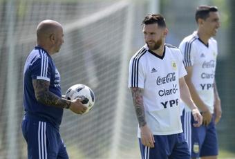 Sampaoli contre Messi et Di Maria, chaudes retrouvailles. AFP