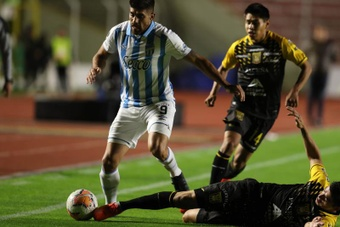 Los equipos argentinos, tocados tras la jornada CONMEBOL. EFE/Martin Alipaz