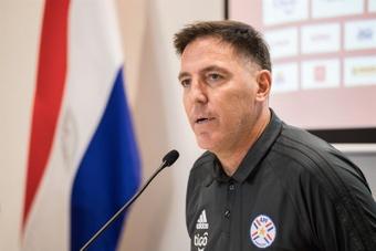 Cubas, por lesión, se cae de la lista de Paraguay. EFE