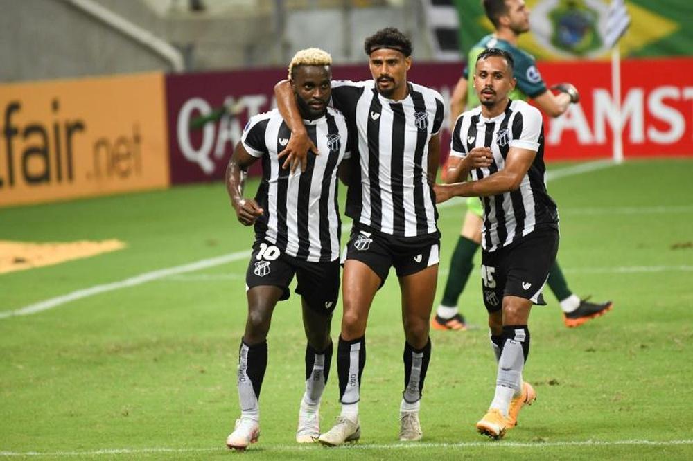 Empate a nada entre Ceará y Arsenal. EFE