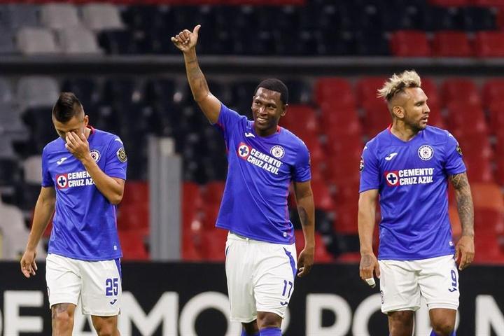 Cruz Azul sigue con paso firme en la Concachampions. EFE