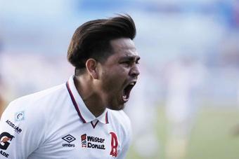 Triunfos en las semifinales del Clausura de El Salvador. EFE