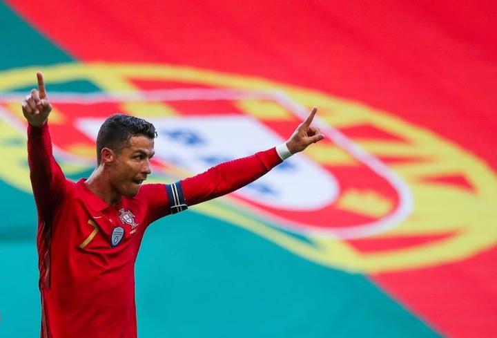 Portugal golea pero no convence y Cristiano marca pero defrauda. EFE