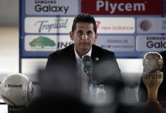 Costa Rica despide a Ronald González tras once partidos sin ganar. EFE