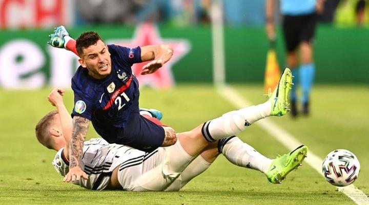 Ginter cree que Portugal tiene más jugadores importantes además de Cristiano. EFE
