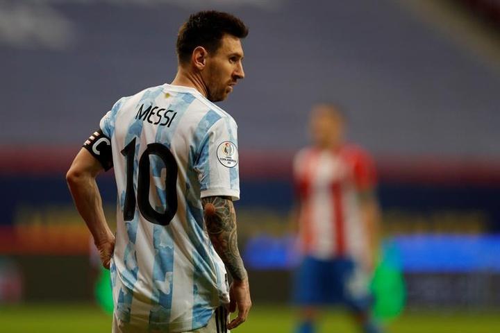 Messi será titular ante Bolivia. EFE