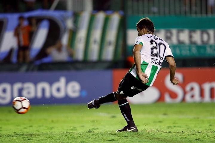San Telmo se clasificó para los cuartos de final de la Copa Argentina. EFE