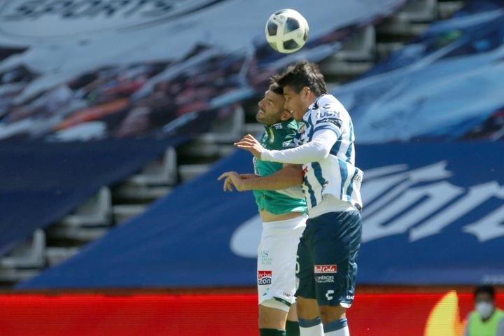 Pachuca golea a León en el inicio de la 'era Holan'. EFE