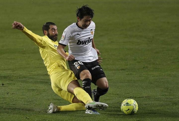 Kang-In Lee se ha convertido en un problema para el Valencia. EFE