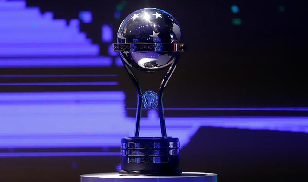 Ya hay fechas para las semifinales de la Sudamericana. EFE