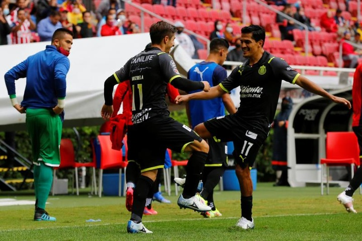 Chivas se impuso a Necaxa. EFE
